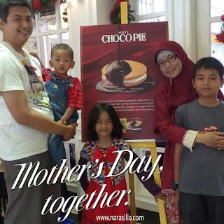 Mother's Day, Akrabkan Keluarga Ibu