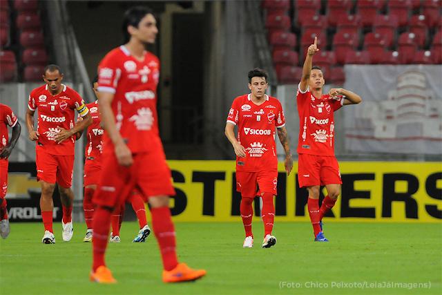 Em jogo bastante disputado, Vila Nova perde para o Náutico na Arena Pernambuco