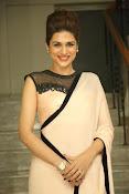 shraddha das latest glamorous photos-thumbnail-1