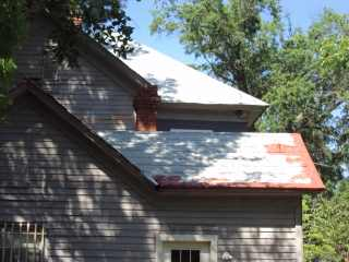 Primer and roof edge repair work illustrated