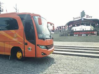 Bus Pariwisata Solo