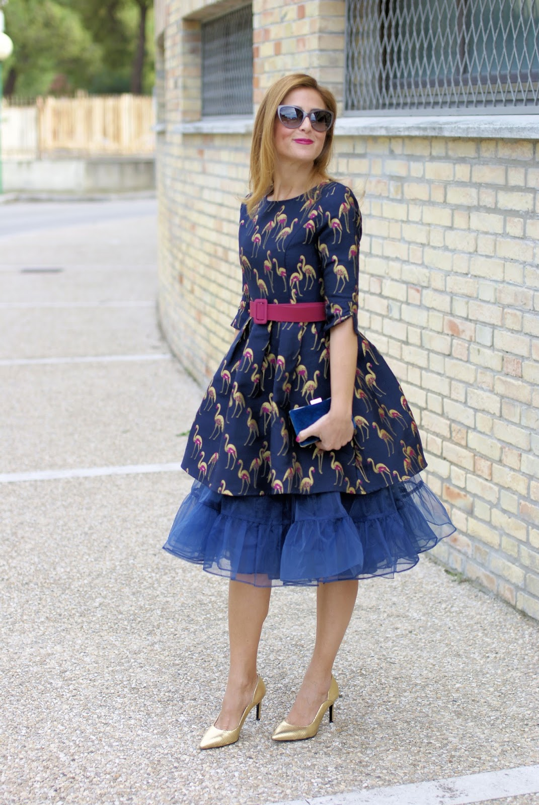 Dezzal crane print jacquard dress and how to wear a tulle petticoat on Fashion and Cookies fashion blog, fashion blogger style