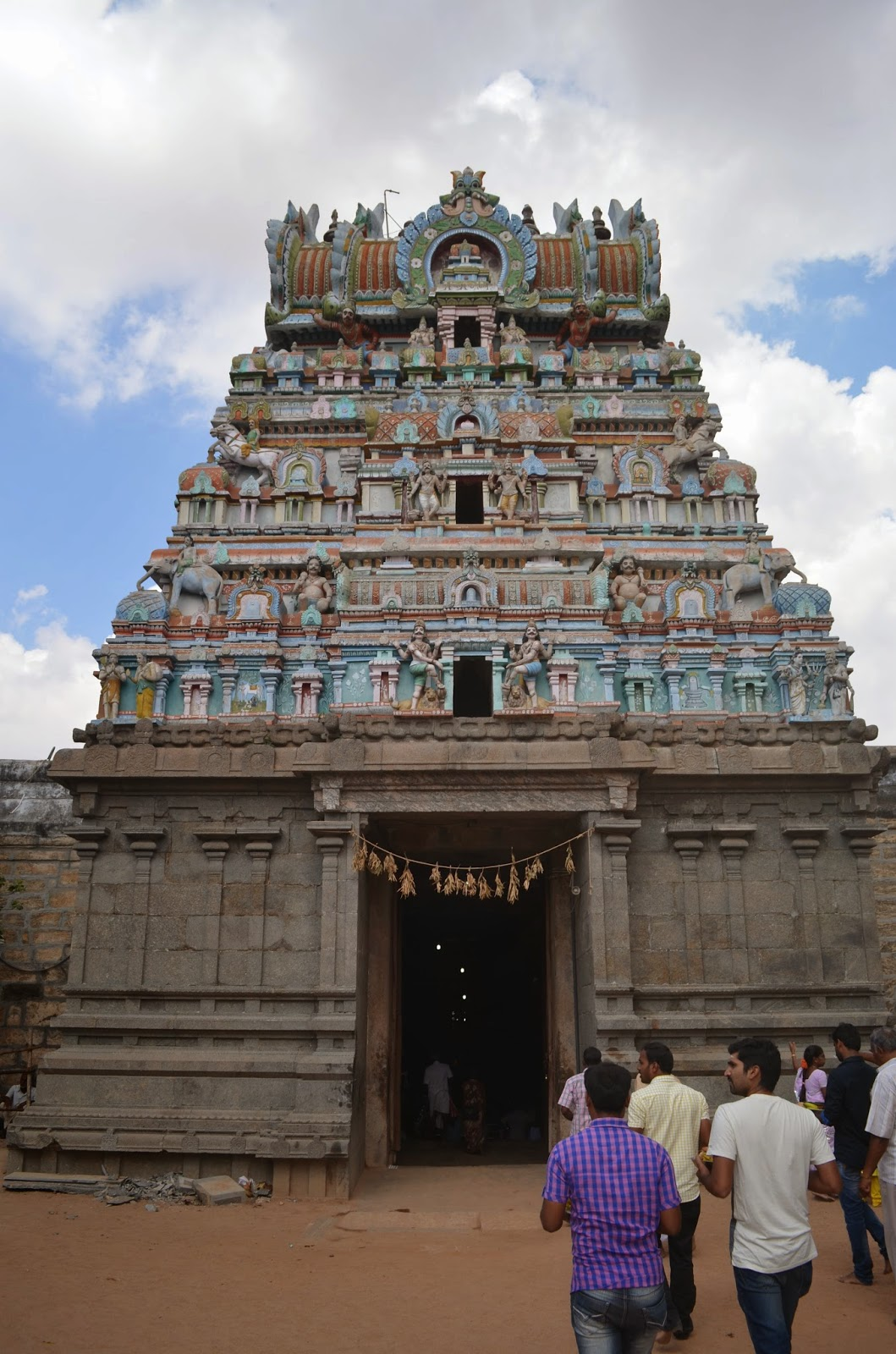 Mysterious Temples In World: Thirupanjali Temple : The Mysterious Gopuram