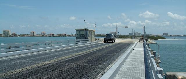 Puente hacia Tierra Verde