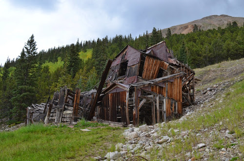 URBAN EXPLORATION: Abandoned Leper Colony - Ghost Town in