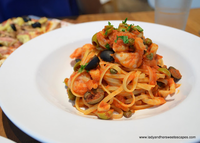 linguine in Barilla restaurant Dubai
