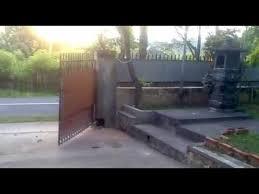 Pintu pagar minimalis tipe lipat