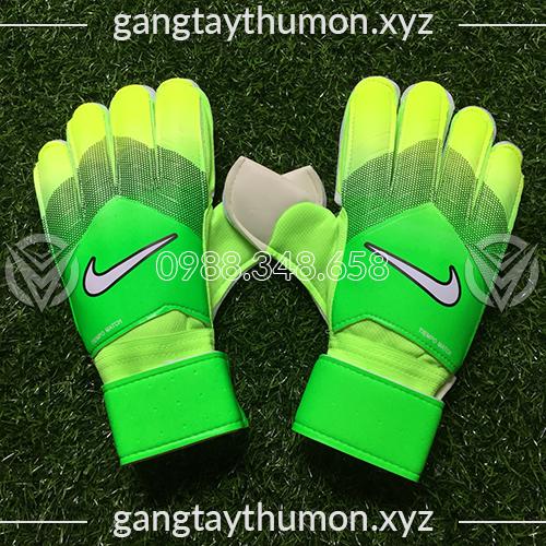 Găng Tay Thủ Môn Nike Tiempo Match Cam Đen