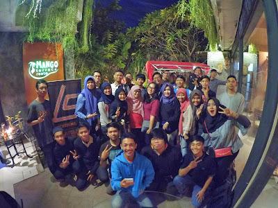 Hangout LUG Stikom Surabaya