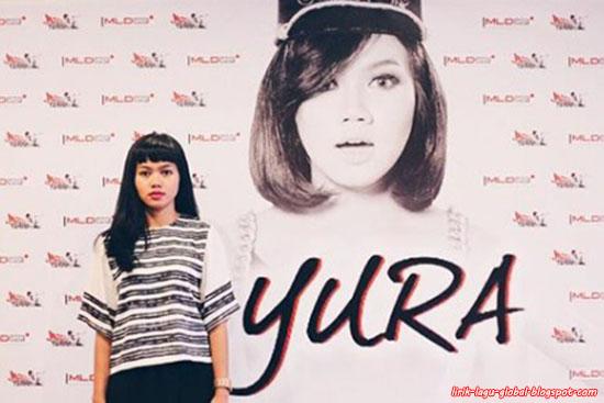 Lirik Lagu Yura Yunita - Berawal Dari Tatap