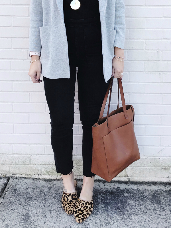 style on a budget, fall fashion, how to style skinny overalls, mom style, north carolina blogger, how to wear overalls