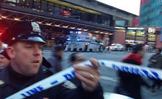 Πανικός: Έκρηξη βόμβας στη «καρδιά» της Νέας Υόρκης - Πληροφορίες για τραυματίες - Live εικόνα από το σημείο