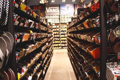 8de3652aa7 Daftar Alamat Vans Store Resmi di Indonesia