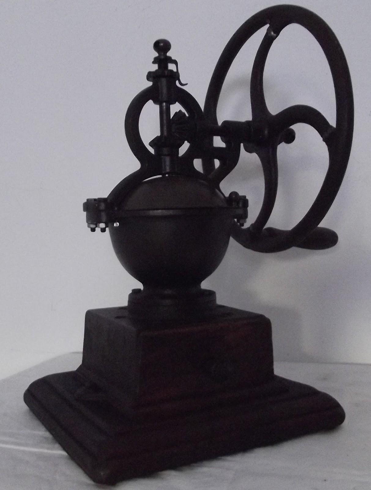 Ancien moulin a caf de comptoir a roue volant bois et fonte fer forg - Moulin a cafe de comptoir ...