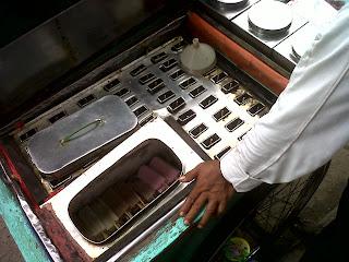 Resep Es Goyang Lidah Coklat Lembut Kacang Hijau Ijo Enak Betawi Tempo Dulu + Cara Membuat Dirumah