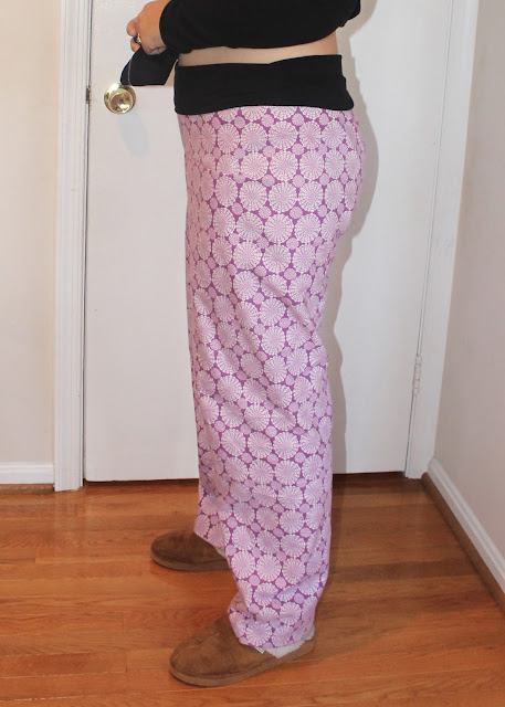 Flannel pajama pants with a hacked yoga waist made from the Simplicity 1563 sewing pattern.