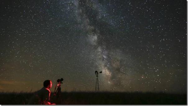 Απροσδόκητη απόδειξη της ύπαρξης σκοτεινής ύλης στο σύμπαν