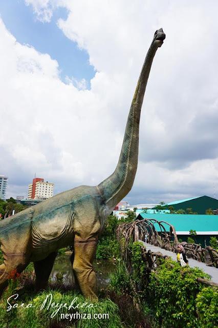 MACAM DINO DI Dino Park Jatim Park 3 Batu Malang