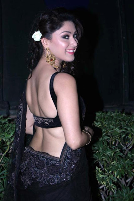 Bollywood Actress Manjari Phadnis photos