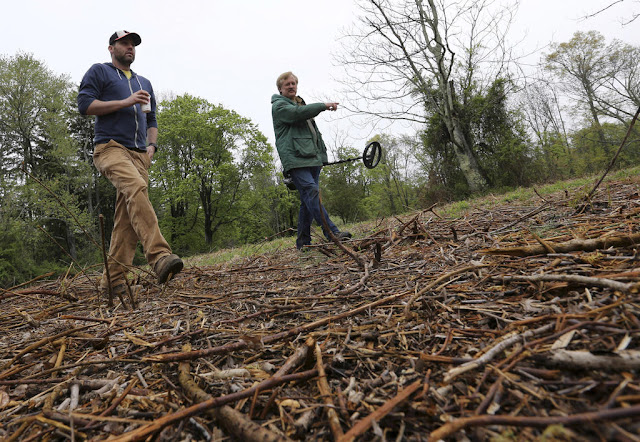 On New Jersey hillside, clues to Revolutionary War mystery