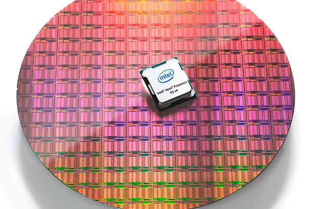 chip-baru-dari-intel-yang-dapat-mempercepat-pelayanan-cloud