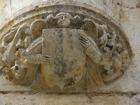imagen_pedro_arlanza_burgos_monasterio_ruinas_romanico_escudo