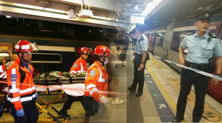Tertabrak Hingga Terlindas Kereta ,Pria 21 Tahun Di MTR Tai Wai Meninggal Dunia