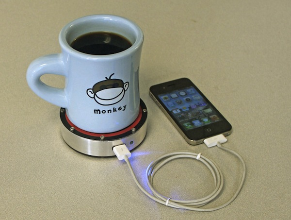 Interesting Device Charges Your iPhone/mobile phone With The Heat In Your Coffee cup. Thermoelectric Effect to charge Mobile phone | Interesting Mobile phone charger | innovative iPhone charger | Good idea for Phone Charging | Innovation idea | Interesting Inventions | New iPhone charger when no power | new technology | latest technology | latest invention