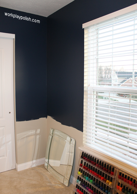 The Mani Cave: Navy, White & Pink Color Scheme