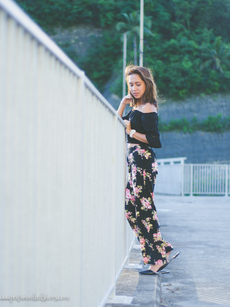 Cebu Fashion Bloggers, Off Shoulder Top, Cold Shoulder Top, Planet Exchange Cebu, Wide Leg Trousers, Palazzo Pants, Forever21, Parisian Mules, Toni Pino-Oca, Summer dress, Summer outfit, beachside outfit