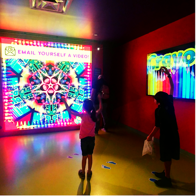 Kaleidoscope at Crayola Experience