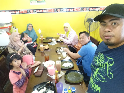 Ale-Ale Nasi Padang Safee Sali