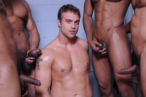 Sexo Gay Rocco-Reed-Jizz-Orgy-fantasy-gangbang-gay-porn-9