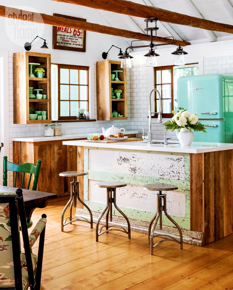 Should Wood Beams Be Painted Or Left Natural?