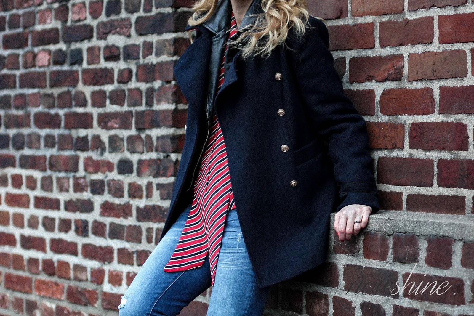 Nowshine trägt Lederjacke unter der  Winterjacke ü40 Mode Blog