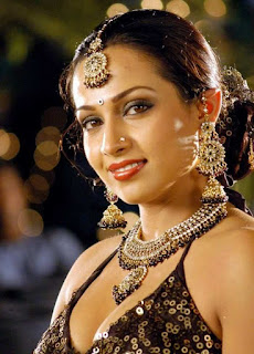 Hot Actress Asha Saini Romantic Song Stills