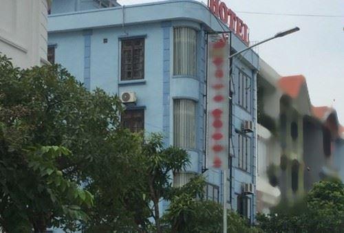 Khách sạn nơi cựu thượng tá và 3 chủ doanh nghiệp thay nhau giở trò đồi bại với nữ sinh lớp 9