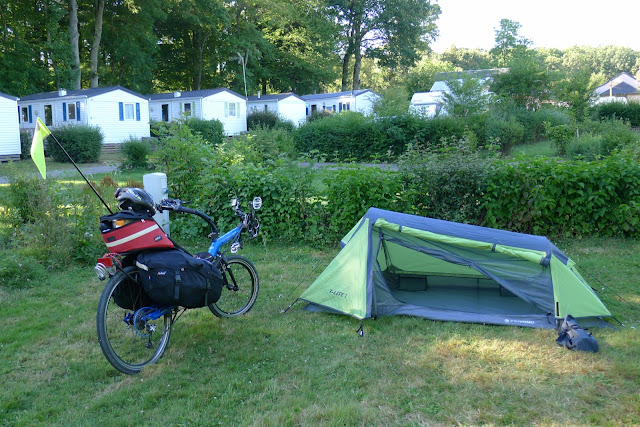 De Paris à la Rochelle en vélo couché, camping à Illiers Combrais