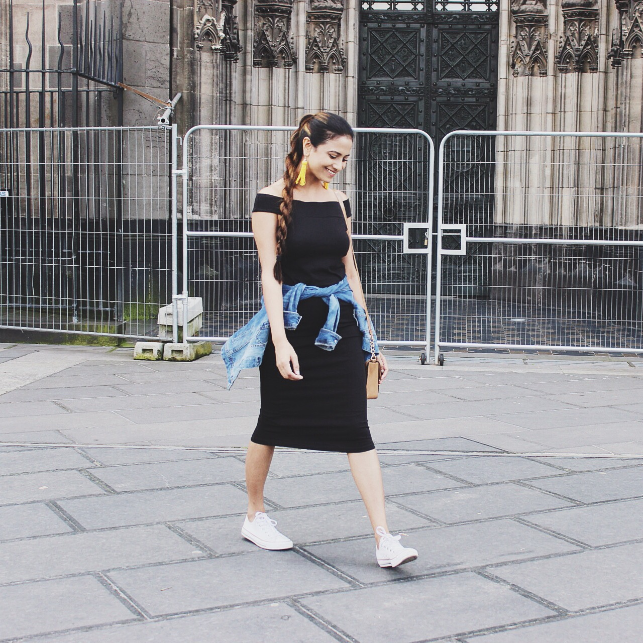 Black dress in summer - How To Wear Black Dress Black In Summer Pencil Dress Style Wear Trends