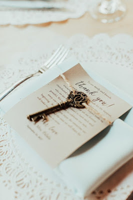thank you to guests and wedding favors