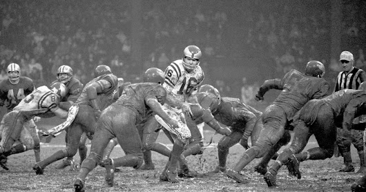 Story Of Philadephia Eagles' 1968 Mud Bowl Appears To Neatly Summarize the 2016 Election