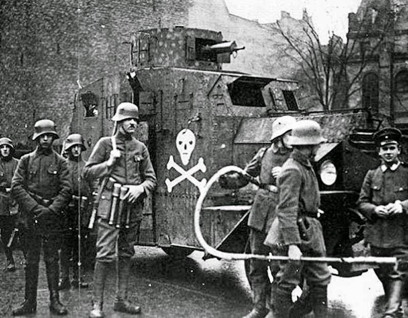 Reinhard Heydrich Freikorps worldwartwo.filminspector.com