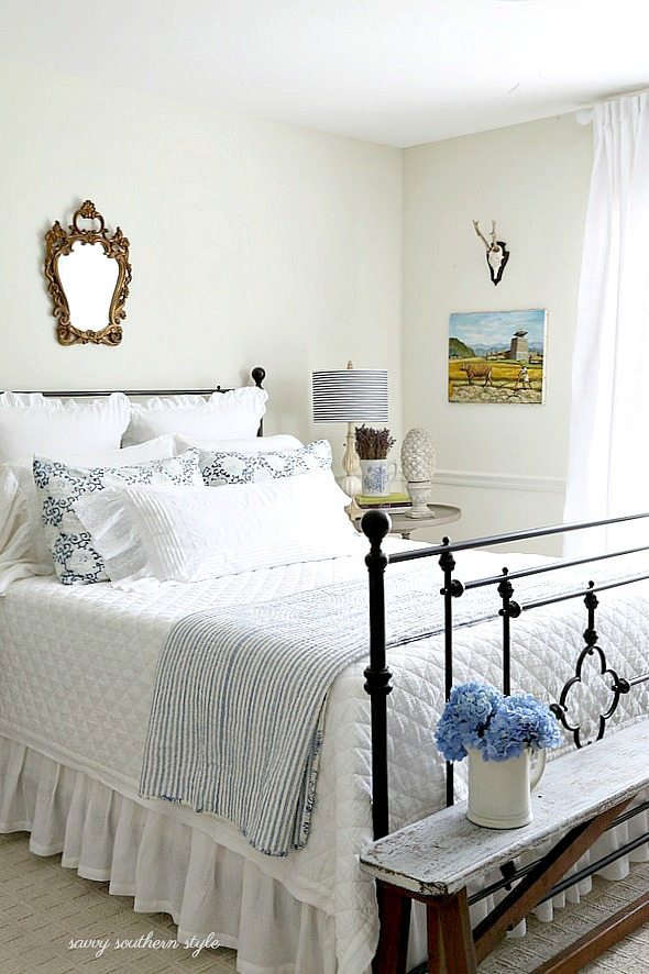 Savvy southern style white and bright summer guest bedroom for Southern style bedroom
