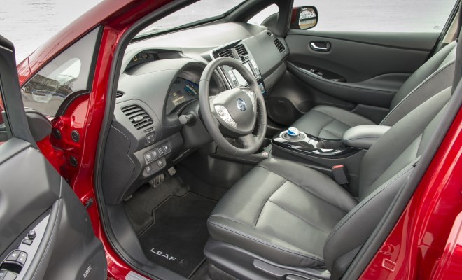 2013 Nissan Leaf interior