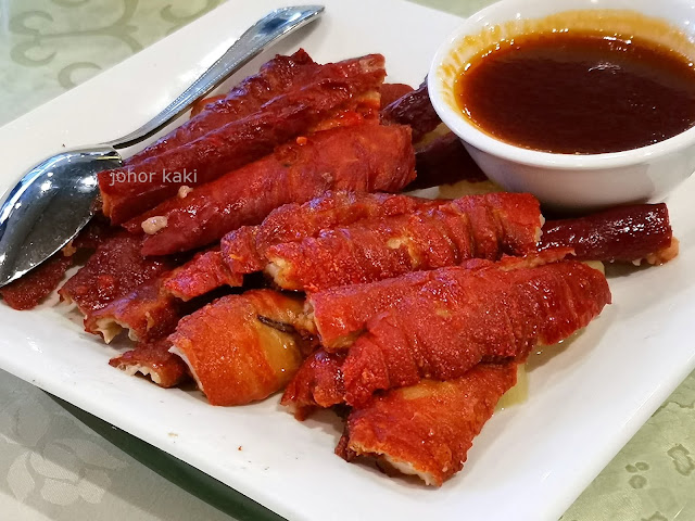 John's Chinese BBQ Restaurant in Richmond Hill Toronto 敍香園海鮮燒臘酒家