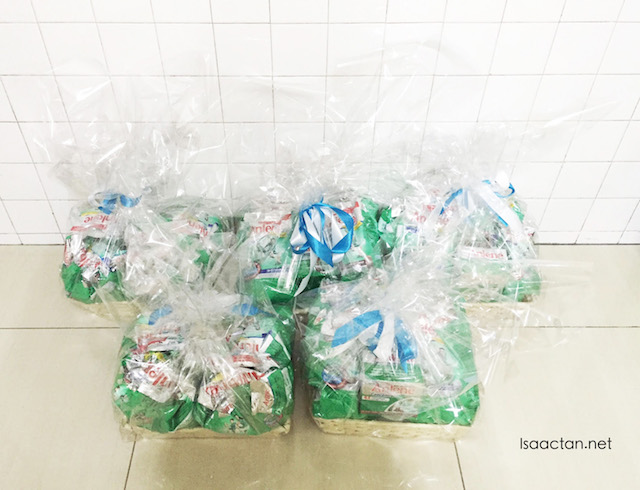 Anlene Hampers worth RM150 each to be given away