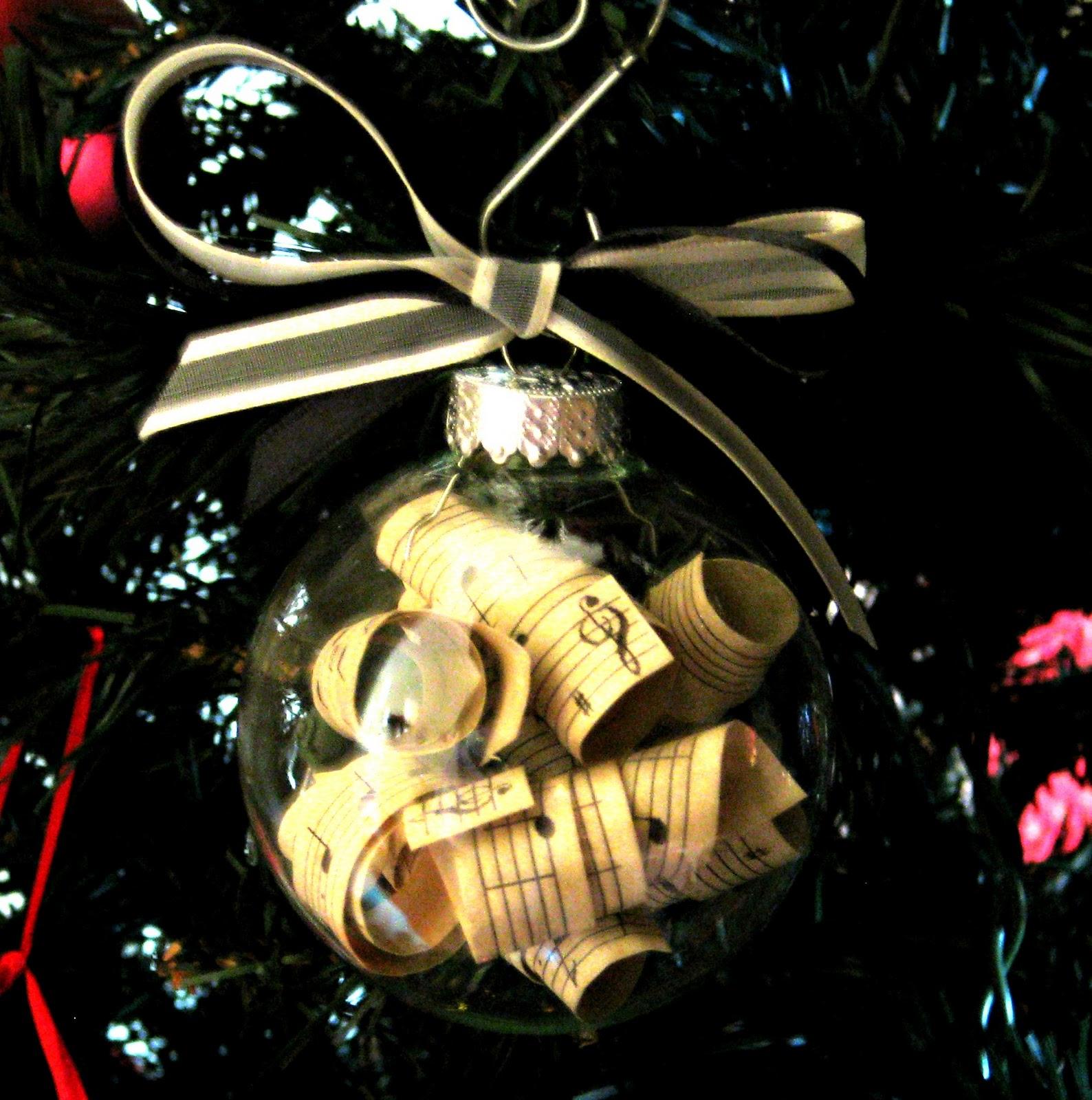 An Ornament For A Music Teacher - Mom 4 Real
