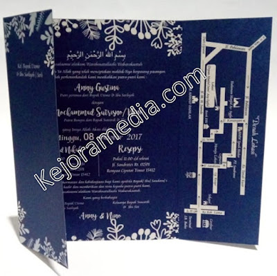 undangan pernikahan simple dan elegan warna biru