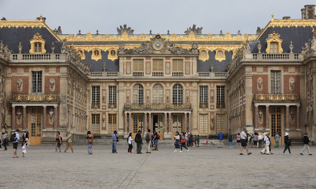 The front of Versailles before it gets too busy.