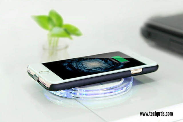 Can your new iPhone wirelessly with these Qi chargers